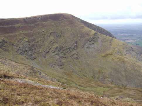 MountainViews.ie Picture about mountain Caherbarnagh NW Top in area Paps/Derrynasaggart, Ireland