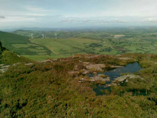 MountainViews.ie Picture about mountain Devilsbit Mountain in area Shannon, Ireland