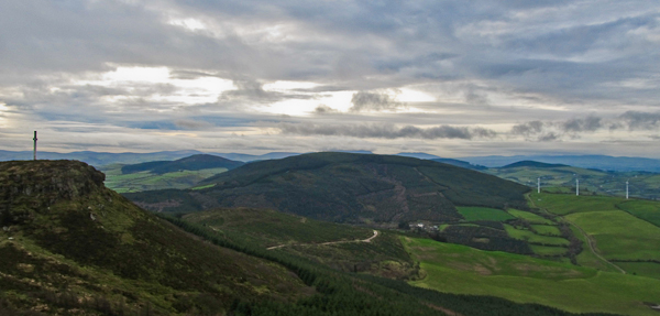 MountainViews.ie Picture about mountain Gortagarry in area Shannon, Ireland