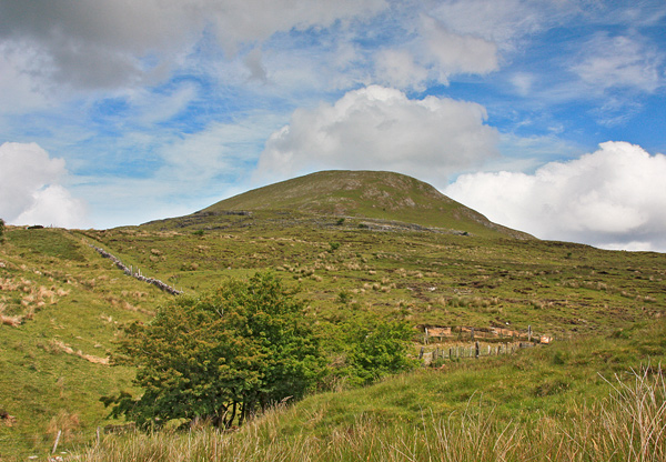MountainViews.ie Picture about mountain Leean Mountain in area Dartry Mountains, Ireland