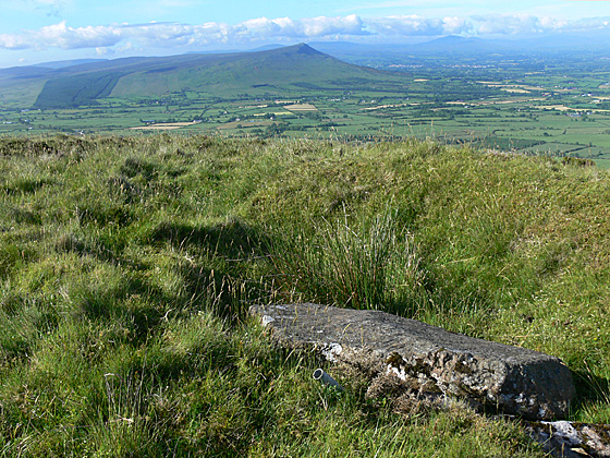 MountainViews.ie Picture about mountain Donald