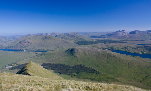MountainViews.ie Picture about mountain Teevnabinnia in area Mweelrea Mountains, Ireland