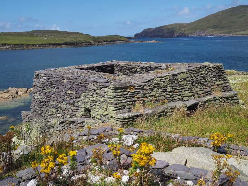 MountainViews.ie Picture about mountain Church Island in area Kerry Islands, Ireland