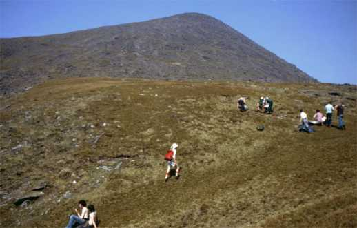 MountainViews.ie Picture about mountain Carrauntoohil in area MacGillycuddy