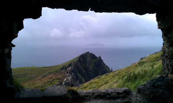 MountainViews.ie Picture about mountain Ceann Sibéal in area Dingle West, Ireland