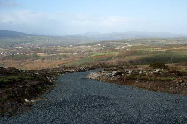 MountainViews.ie Picture about mountain Edenacarnan (<i>Éadan an Charnáin</i>) in area Donegal NW, Ireland