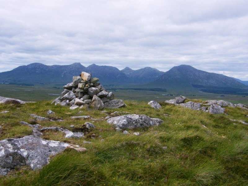 MountainViews.ie Picture about mountain Lettershinna Hill in area South Connemara, Ireland