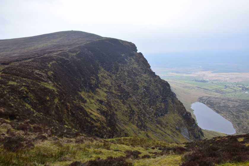 MountainViews.ie Picture about mountain Caherbarnagh East Top in area Paps/Derrynasaggart, Ireland