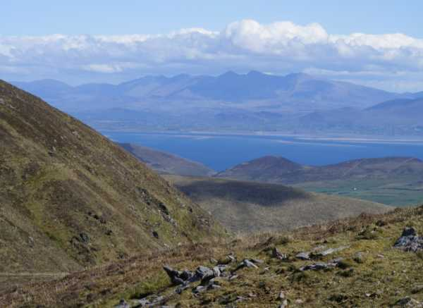 MountainViews.ie Picture about mountain An Cnapán Mór in area Central Dingle, Ireland
