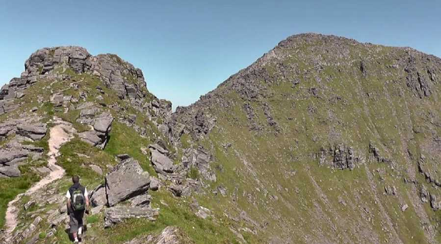 MountainViews.ie Picture about mountain Beenkeragh in area MacGillycuddy