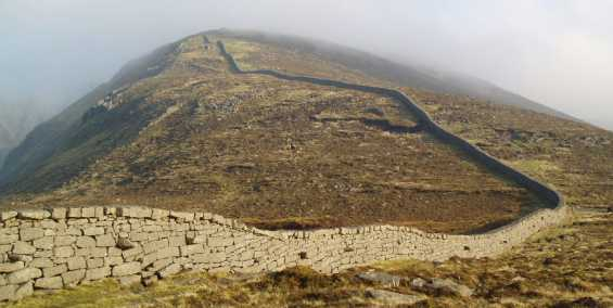 MountainViews.ie Picture about mountain Slieve Corragh in area Mourne Mountains, Ireland