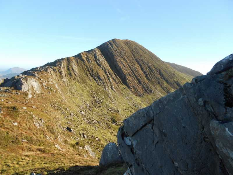 MountainViews.ie Picture about mountain Cnoc na gCapall in area Dunkerron Mountains, Ireland