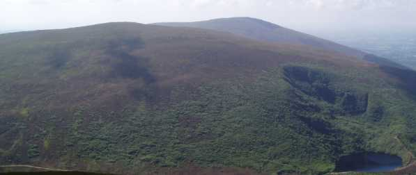 MountainViews.ie Picture about mountain Knocknalougha in area Knockmealdown Mountains, Ireland