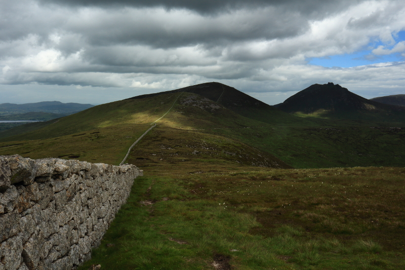 MountainViews.ie Picture about mountain Carn Mountain (<i>Sliabh an Chairn</i>) in area Mourne Mountains, Ireland