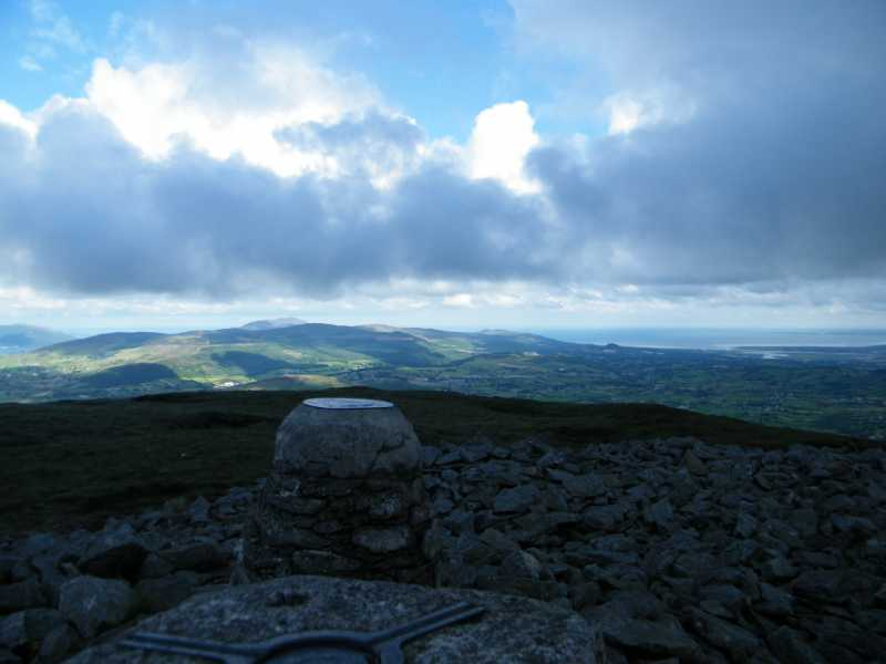 MountainViews.ie Picture about mountain Slieve Gullion (<i>Sliabh gCuillinn</i>) in area Gullion, Ireland
