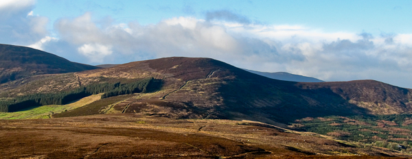 MountainViews.ie Picture about mountain Knockmeal in area Knockmealdown Mountains, Ireland