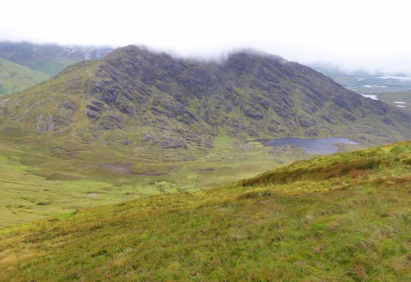 MountainViews.ie Picture about mountain Garraun South Top (<i>Maolchnoc (mullach theas)</i>) in area Twelve Bens, Ireland