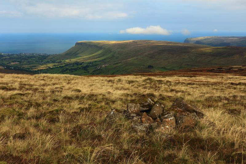 MountainViews.ie Picture about mountain Trostan in area Antrim Hills, Ireland