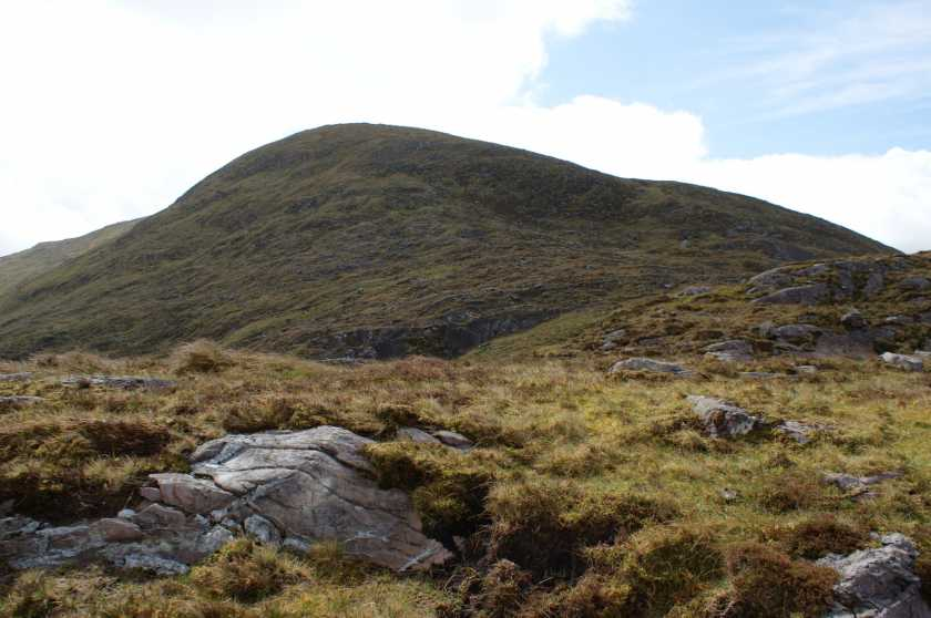 MountainViews.ie Picture about mountain Knocknacusha (<i>Cnoc Osaidh</i>) in area Dunkerron Mountains, Ireland