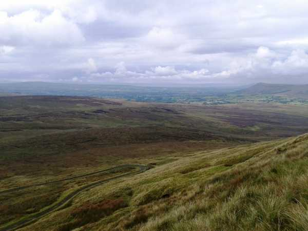 MountainViews.ie Picture about mountain White Mountain (<i>Sliabh Bán</i>) in area Sperrin Mountains, Ireland