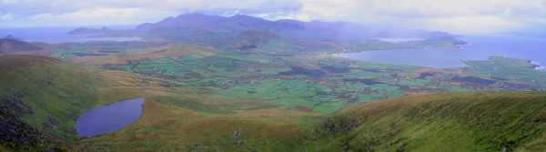 MountainViews.ie Picture about mountain Sliabh an Iolair in area Dingle West, Ireland