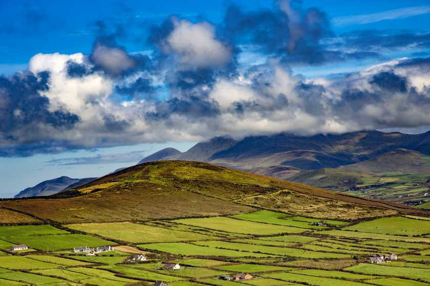 MountainViews.ie Picture about mountain Mount Eagle (<i>Sliabh an Iolair</i>) in area Dingle West, Ireland