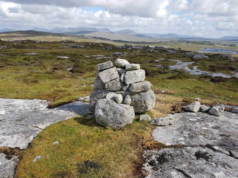 MountainViews.ie Picture about mountain Camus Eighter (<i>Camas Íochtair</i>) in area Galway Coastal Hill, Ireland