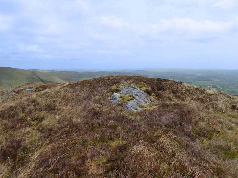 MountainViews.ie Picture about mountain Lackabaun (<i>An Leaca Bhán</i>) in area Shehy/Knockboy, Ireland