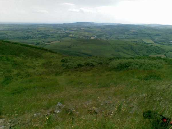 MountainViews.ie Picture about mountain Knockanora in area Shannon, Ireland