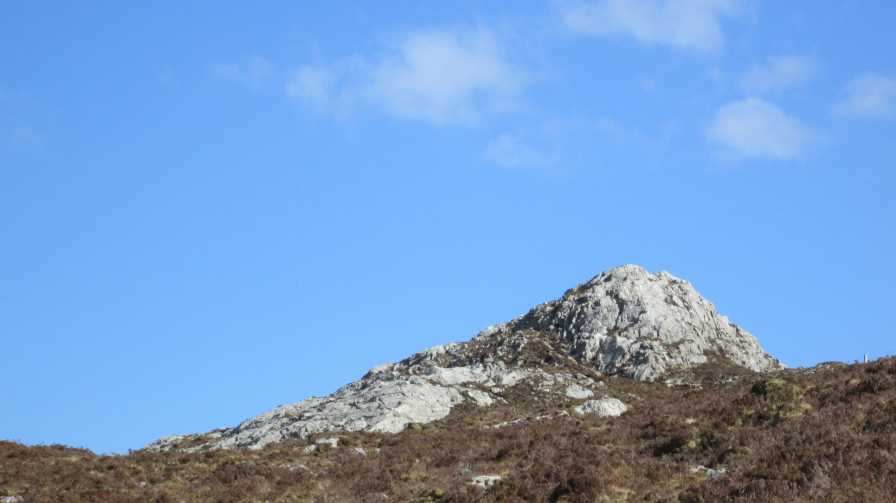 MountainViews.ie Picture about mountain Cruiscín in area Maamturks, Ireland