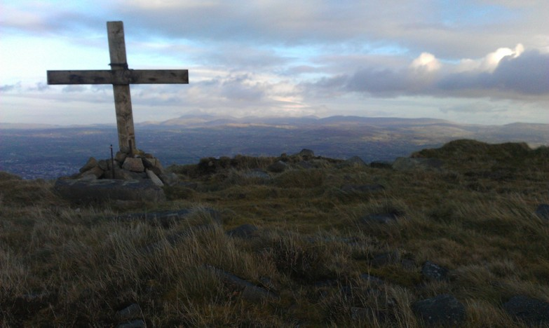 MountainViews.ie Picture about mountain Camlough Mountain (<i>Sliabh gCuircín</i>) in area Cooley/Gullion, Ireland
