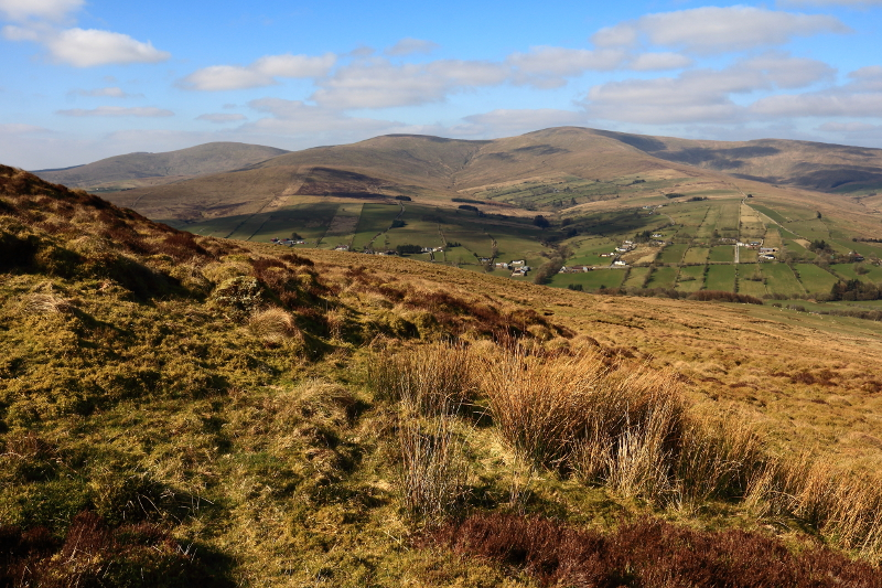 MountainViews.ie Picture about mountain Clogherny Top (<i>Cnoc na Clocharnaí</i>) in area Sperrin Mountains, Ireland