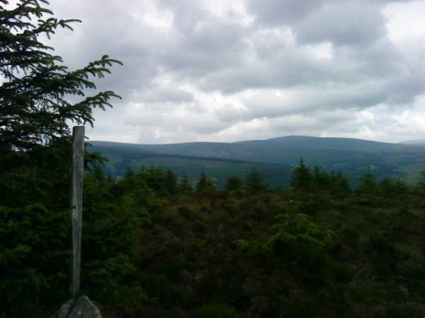 MountainViews.ie Picture about mountain Carrigleitrim (<i>Carraig Liatroma</i>) in area Wicklow, Ireland