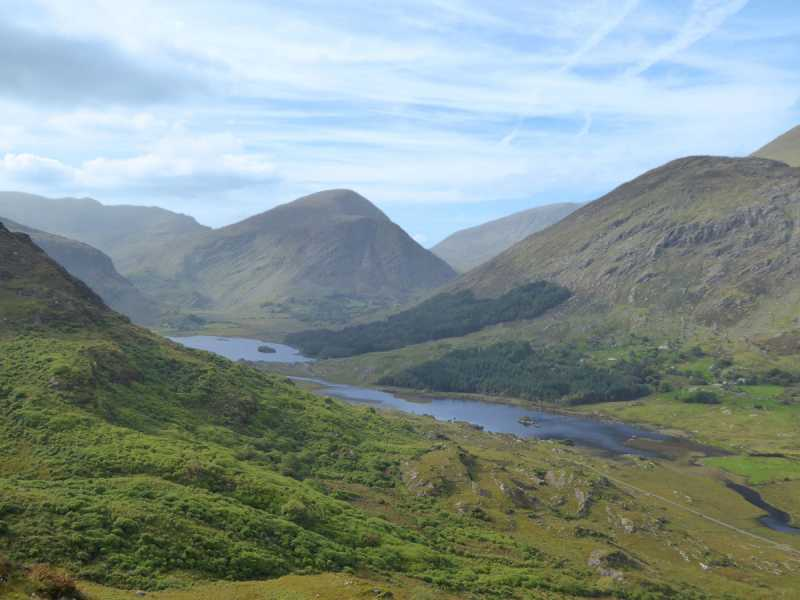 MountainViews.ie Picture about mountain Broaghnabinnia in area Dunkerron Mountains, Ireland