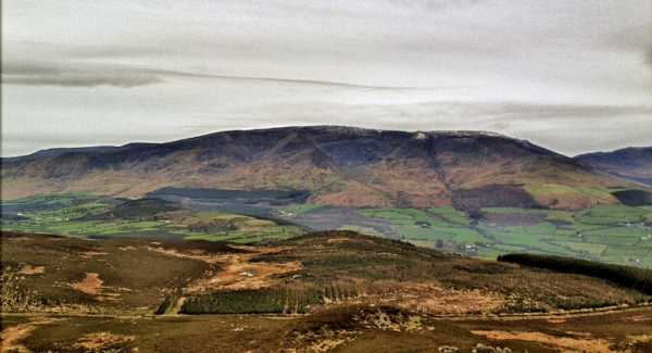 MountainViews.ie Picture about mountain Croughaun Hill in area Comeragh Mountains, Ireland