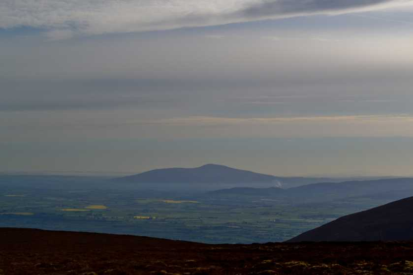 MountainViews.ie Picture about mountain Slievenamon in area South Midlands, Ireland