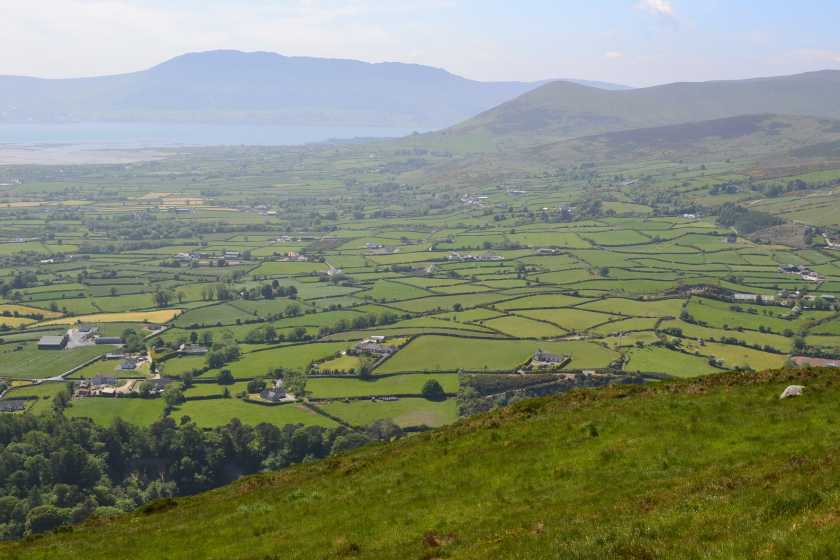 MountainViews.ie Picture about mountain Knockchree (<i>Cnoc Croidh</i>) in area Mourne Mountains, Ireland