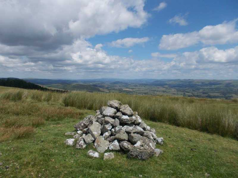 MountainViews.ie Picture about mountain Banc y Ddinas  in area South-West Wales, Ireland