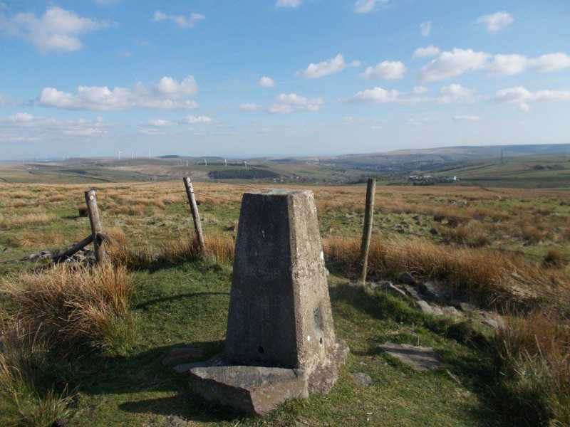 MountainViews.ie Picture about mountain Thieveley Pike  in area Lancashire, Cheshire & the Southern Pennines, Ireland