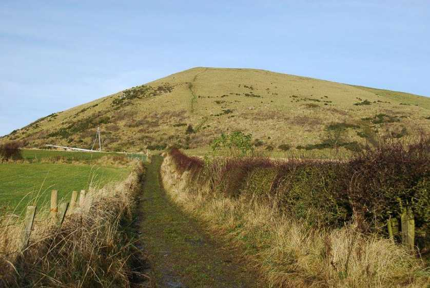MountainViews.ie Picture about mountain Largo Law in area Central Scotland from Dumbarton to Montrose, Ireland