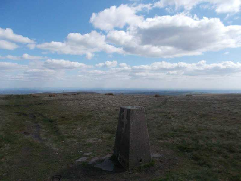 MountainViews.ie Picture about mountain Bull Hill  in area Lancashire, Cheshire & the Southern Pennines, Ireland