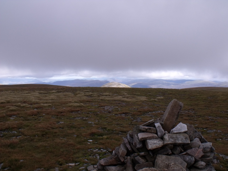MountainViews.ie Picture about mountain Geal-charn in area Loch Treig to Loch Ericht, Ireland