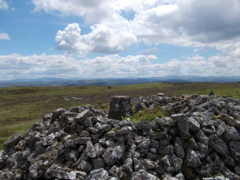 MountainViews.ie Picture about mountain Garn Wen  in area South-West Wales, Ireland