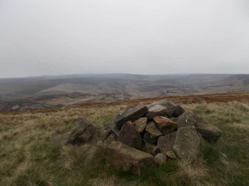 MountainViews.ie Picture about mountain Howden Edge [High Stones] in area Lancashire, Cheshire & the Southern Pennines, Ireland