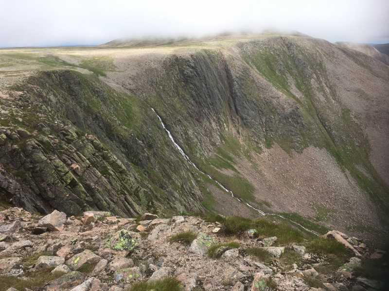 MountainViews.ie Picture about mountain Braeriach in area Cairngorms, Ireland
