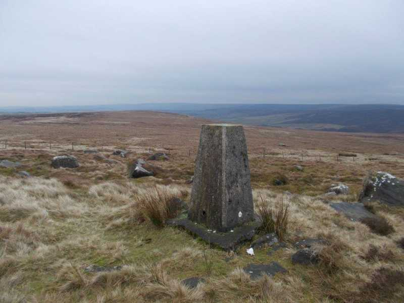 MountainViews.ie Picture about mountain Little Wolf Stones  in area Lancashire, Cheshire & the Southern Pennines, Ireland