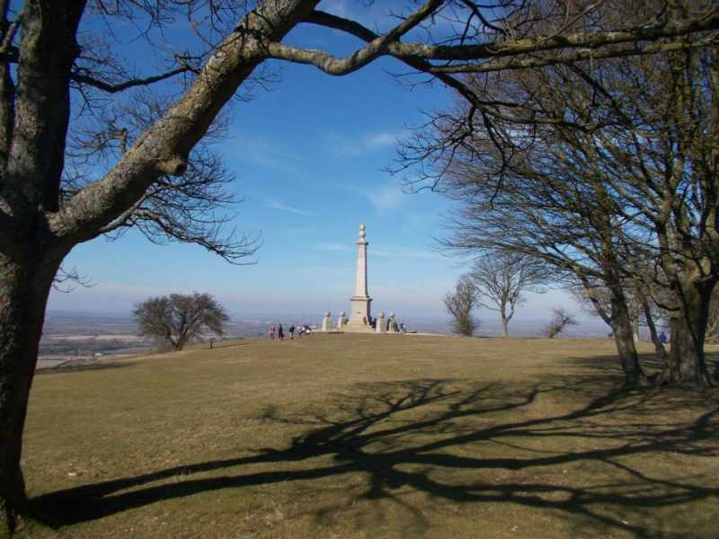 MountainViews.ie Picture about mountain Coombe Hill  in area Central and Eastern England, Ireland