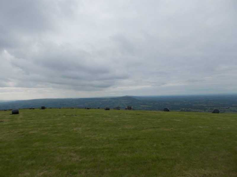 MountainViews.ie Picture about mountain Croker Hill [Sutton Common]  in area Lancashire, Cheshire & the Southern Pennines, Ireland
