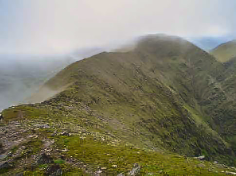 MountainViews.ie Picture about mountain <i>Cnoc an Chuillinn</i>  in area MacGillycuddy