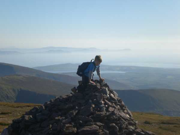 MountainViews.ie Picture about mountain Cnoc Bréanainn in area Brandon Group, Ireland